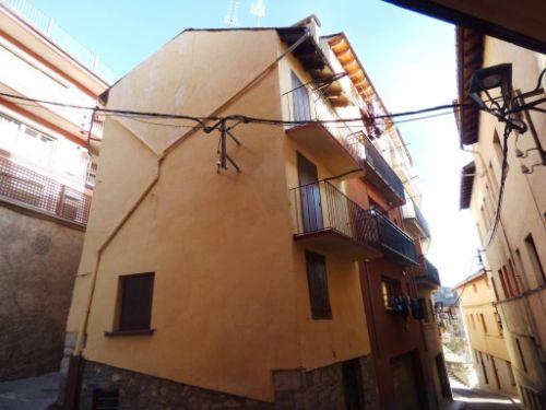 Casa Rústica / Casa de poble En Venda