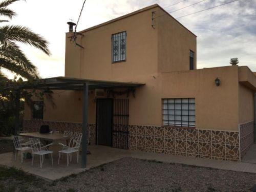 Casa Rústica / Masía En Venta