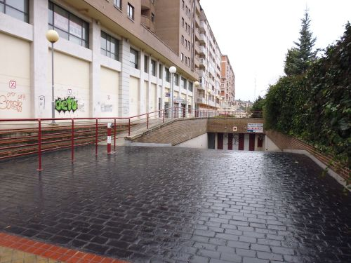 Garaje en alquiler calle de hernando de acu a 30 for Plazas de garaje valladolid