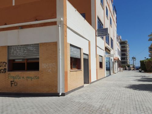 Commercial property in Sale