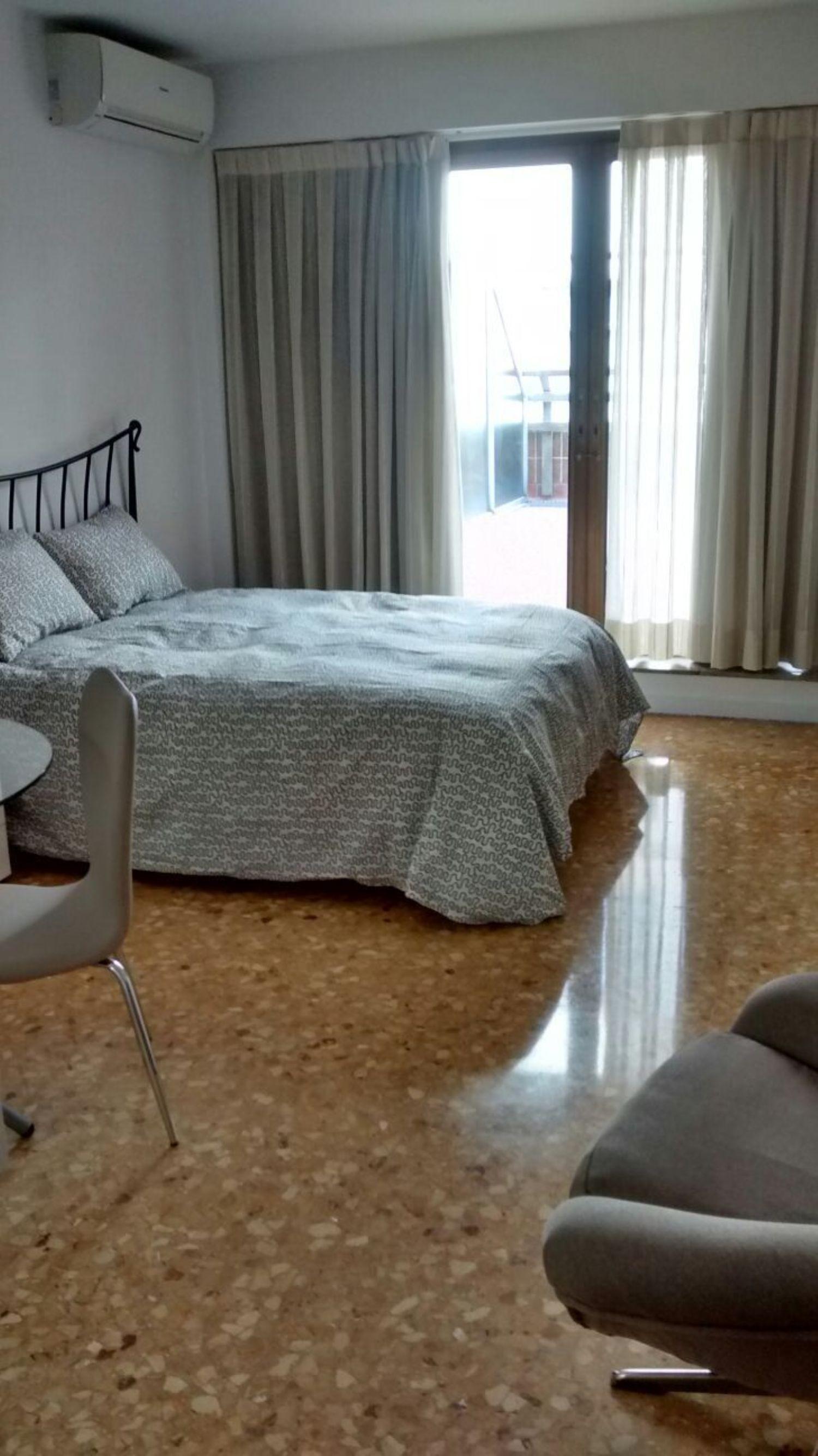 Piso en alquiler en Sant Francesc en Valencia - 358377742