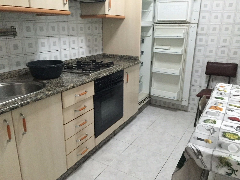 Piso en alquiler en calle De la Reina, Santiago de Compostela - 358088903