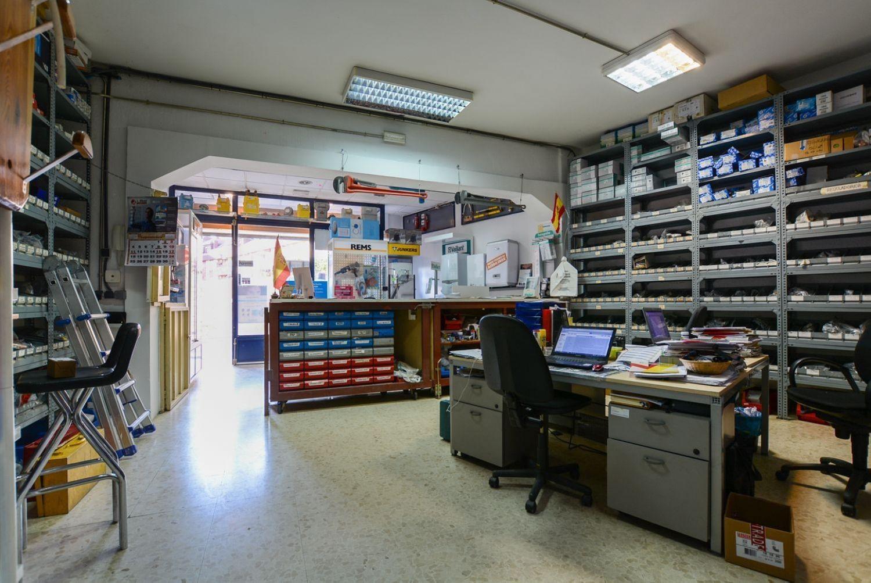 Local en venta en Las Rozas de Madrid, Madrid 4 thumbnail