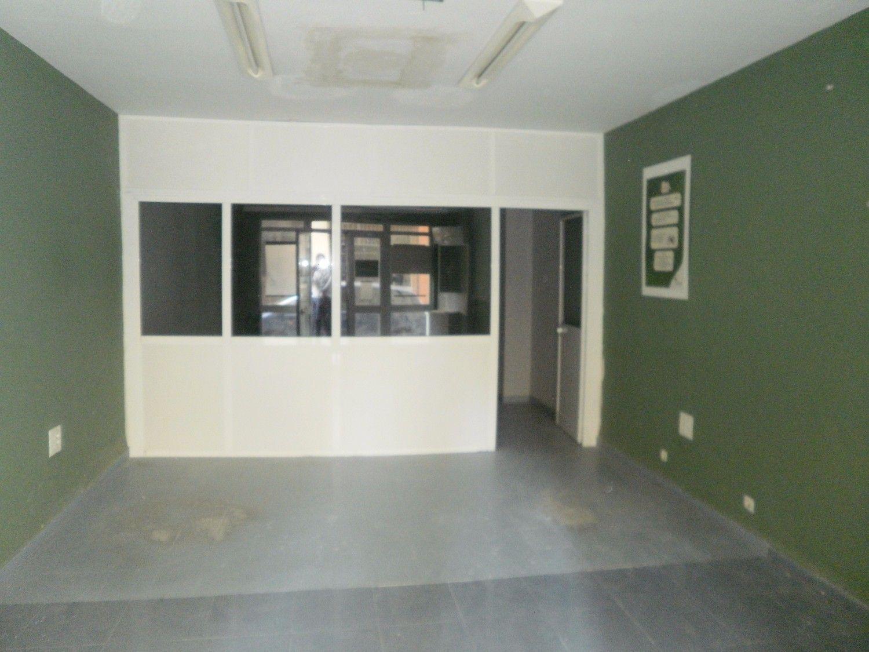 Local comercial en alquiler en Los Remedios en Sevilla - 359443803