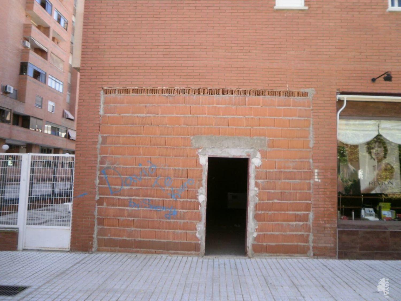https://img3.idealista.com/blur/HOME_WI_1500/0/id.pro.es.image.master/38/f5/14/250533800.jpg