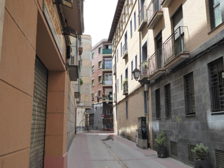https://img3.idealista.com/blur/HOME_WI_1500/0/id.pro.es.image.master/3d/23/10/208424993.jpg
