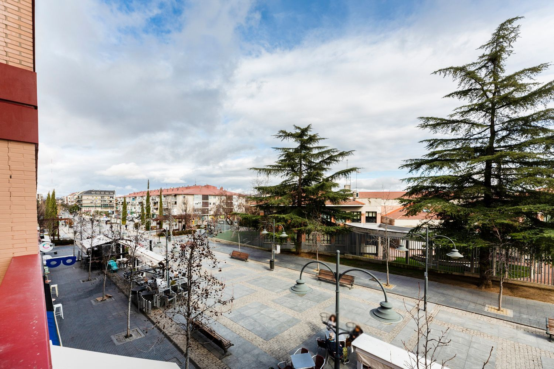 Piso en alquiler en Majadahonda, Madrid 35 thumbnail