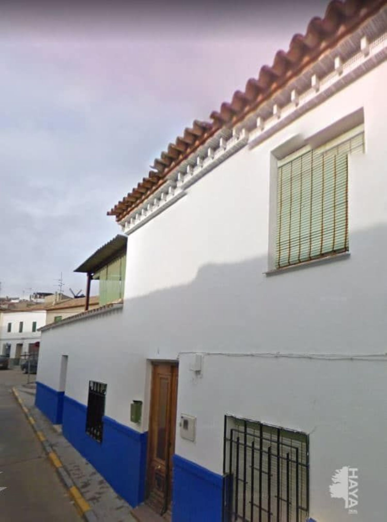 https://img3.idealista.com/blur/HOME_WI_1500/0/id.pro.es.image.master/5b/41/81/254174577.jpg