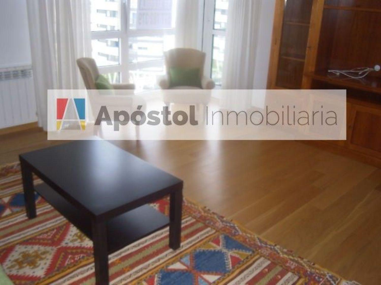 Piso en alquiler en calle Barcelona, Santiago de Compostela - 358497738