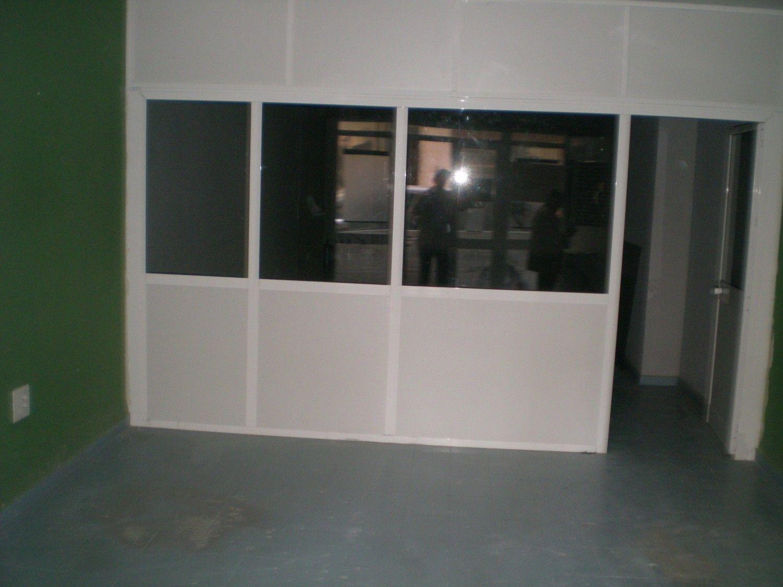 Local comercial en alquiler en Los Remedios en Sevilla - 359443824