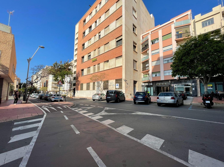 pisos en almeria · altamira---oliveros---barrio-alto 60000€