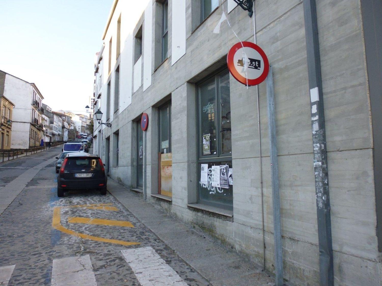 Local comercial en alquiler en calle Castron Douro, Santiago de Compostela - 362192327