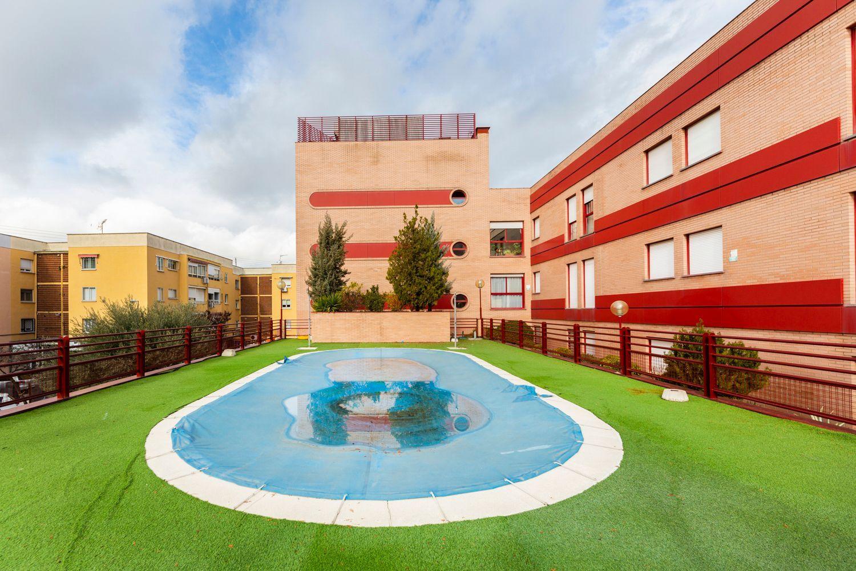 Piso en alquiler en Majadahonda, Madrid 34 thumbnail