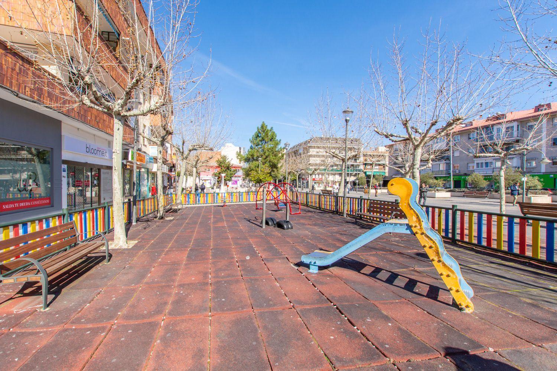 Piso en alquiler en Majadahonda, Madrid 32 thumbnail