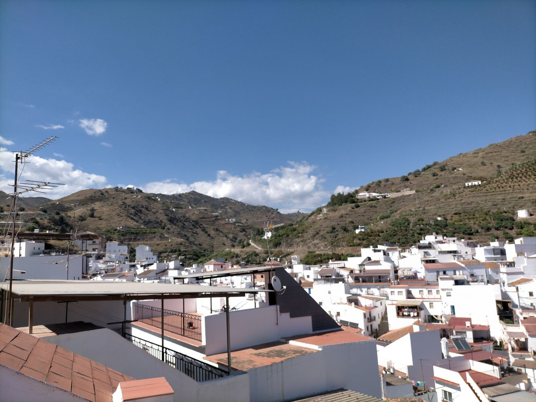 Venta de casas y pisos en Algarrobo Málaga