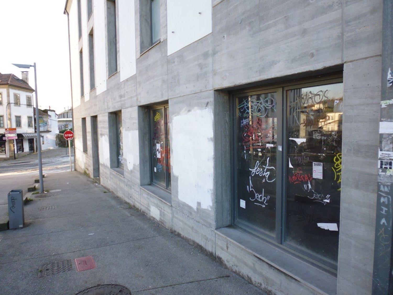 Local comercial en alquiler en calle Castron Douro, Santiago de Compostela - 362192318