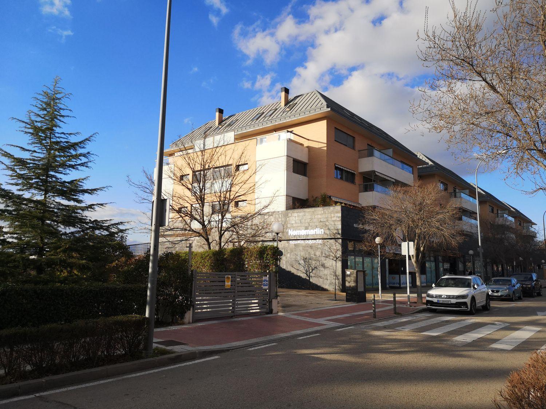 Piso en alquiler en Boadilla del Monte, Madrid 24 thumbnail