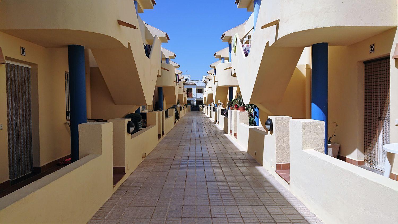 pisos en almeria · las-escobetas 80000€