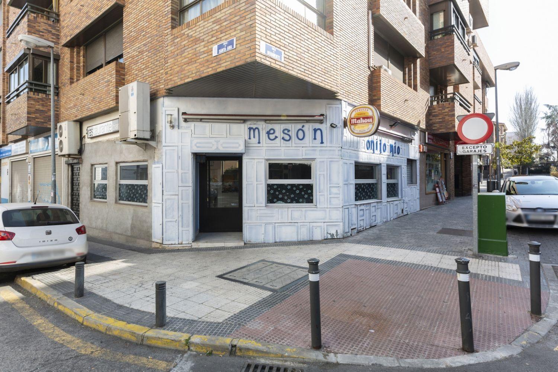 Local en alquiler en Majadahonda, Madrid 0 thumbnail