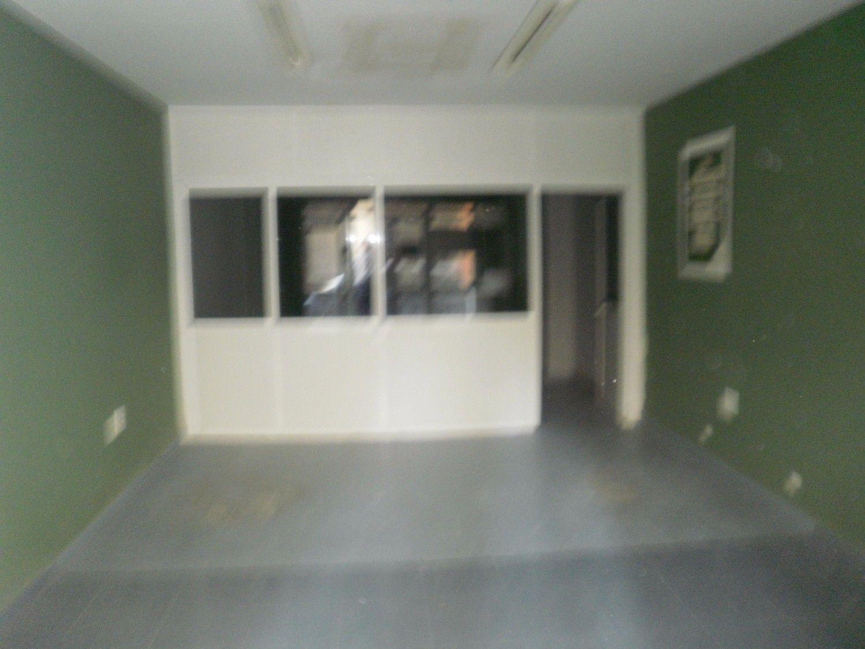 Local comercial en alquiler en Los Remedios en Sevilla - 359443800