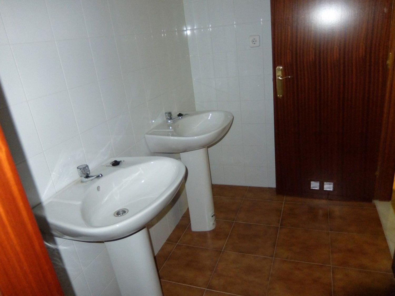 Local comercial en alquiler en Centro en Gijón - 358634725