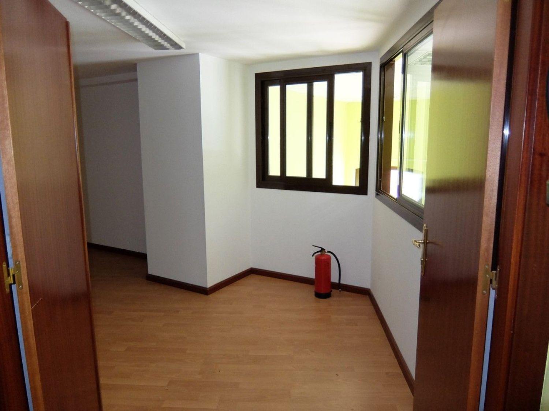 Local comercial en alquiler en Centro en Gijón - 358634707