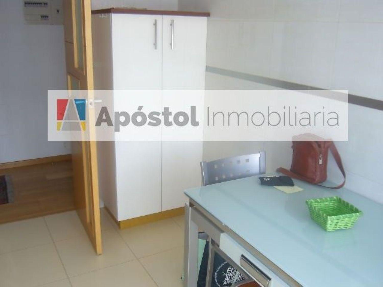 Piso en alquiler en calle Barcelona, Santiago de Compostela - 358497780