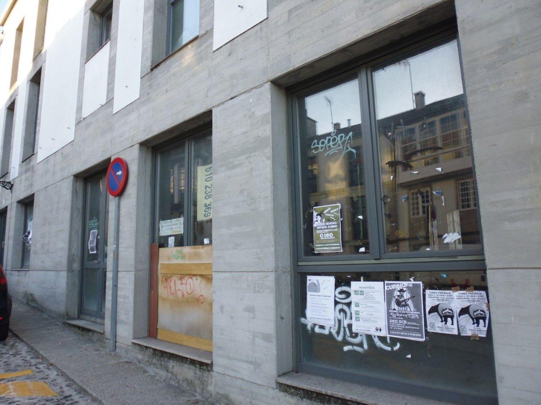 Local comercial en alquiler en calle Castron Douro, Santiago de Compostela - 362192312