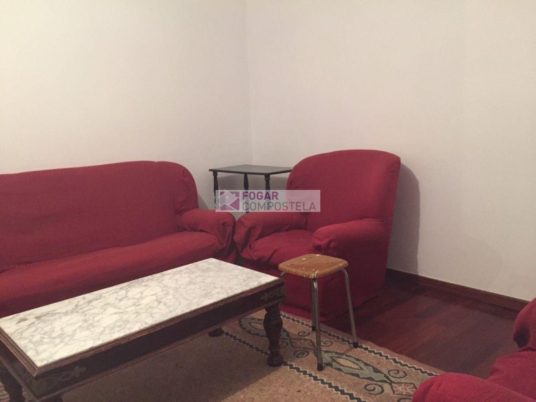 Piso en alquiler en calle Castiñeiriño, Santiago de Compostela - 358105295