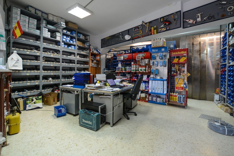 Local en venta en Las Rozas de Madrid, Madrid 13 thumbnail