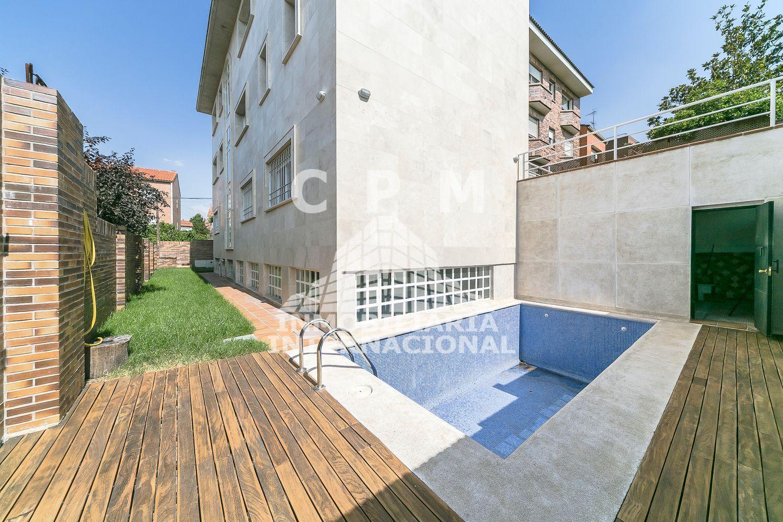 Casa en alquiler en Peñagrande en Madrid - 416253641