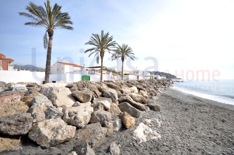 Venta de casas y pisos en Mezquitilla Málaga