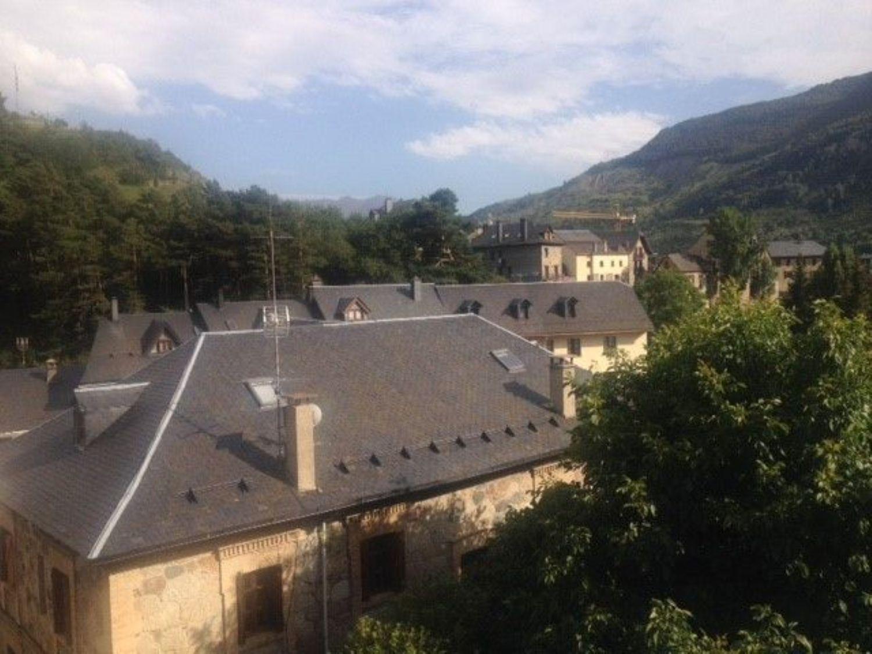 pisos en sallent-de-gallego · area-de-sallent-de-gallego 230000€