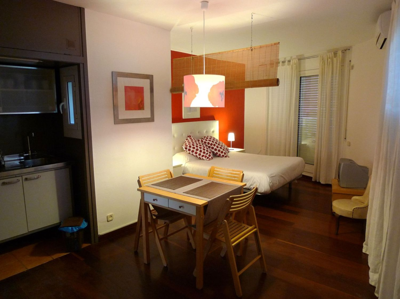 Ático en alquiler en calle Del Coll del Portell, La Salut en Barcelona - 358106043