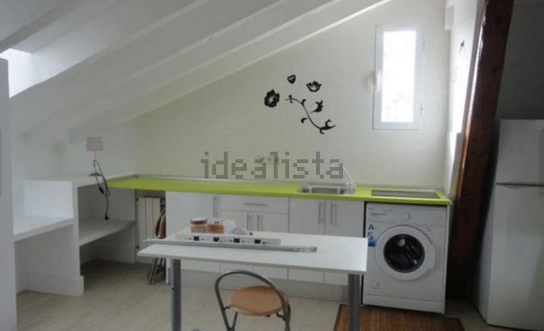 https://img3.idealista.com/blur/HOME_WI_1500/0/id.pro.es.image.master/d4/70/e2/285017911.jpg
