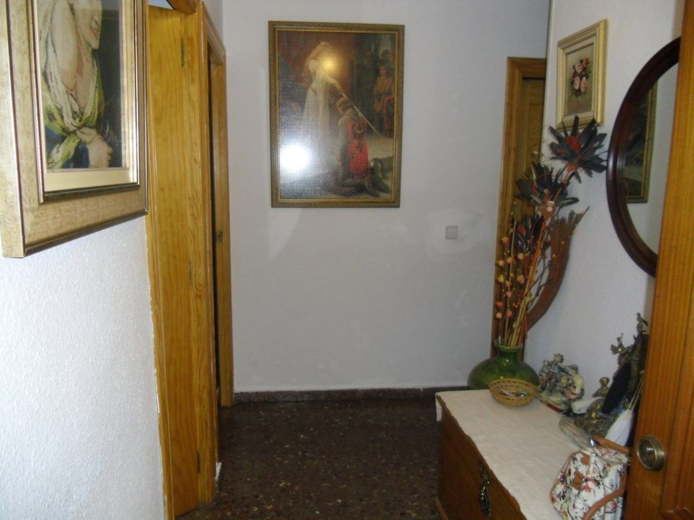 https://img3.idealista.com/blur/HOME_WI_1500/0/id.pro.es.image.master/d4/c8/9e/604412104.jpg