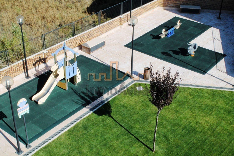 Piso en alquiler en calle Antonio Vivaldi, Universidad en Ávila - 358544904