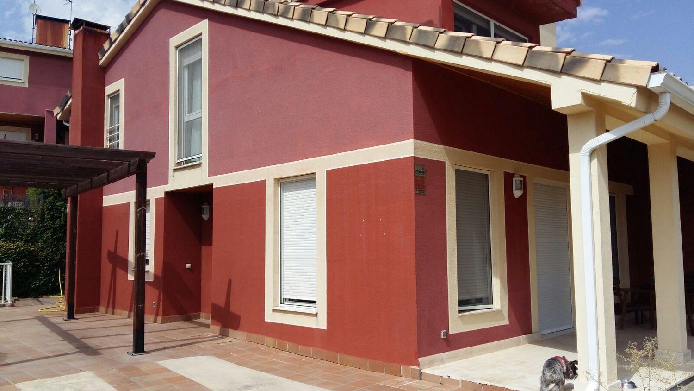 Casa adosada en venta en calle Julio Gonzalo, Casar (El)