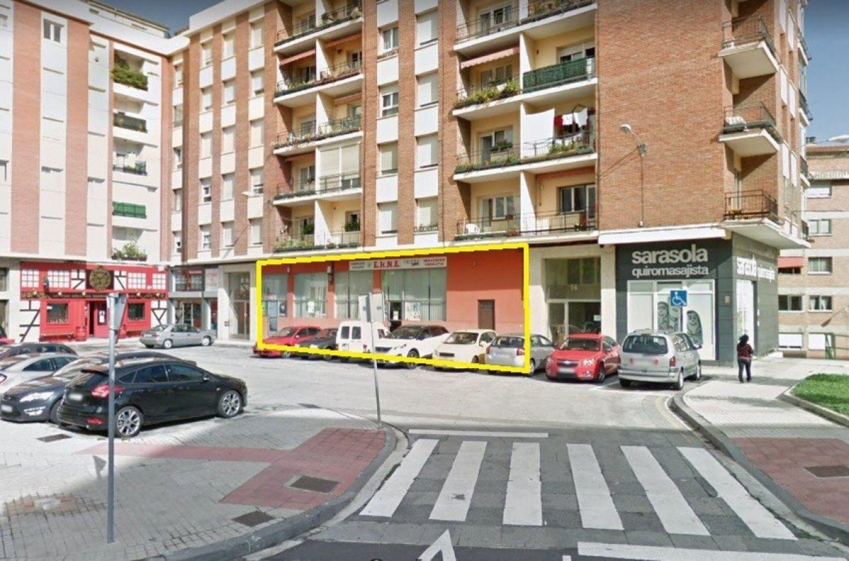 https://img3.idealista.com/blur/HOME_WI_1500/0/id.pro.es.image.master/e2/4d/57/627008056.jpg