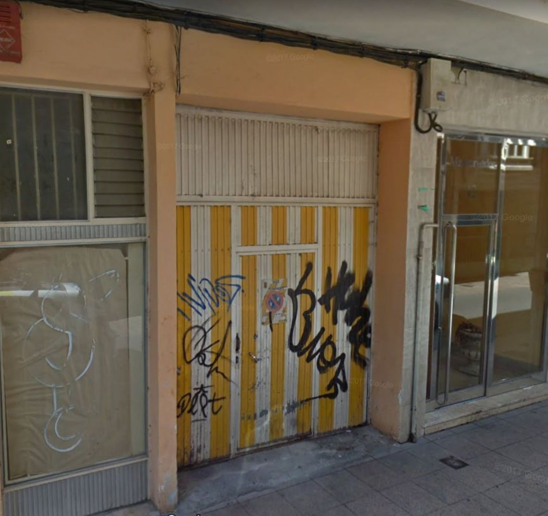 https://img3.idealista.com/blur/HOME_WI_1500/0/id.pro.es.image.master/e8/ea/52/257823495.jpg