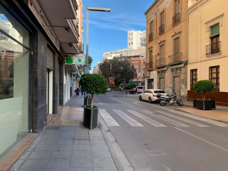 locales-comerciales en almeria · centro-rambla 31000€