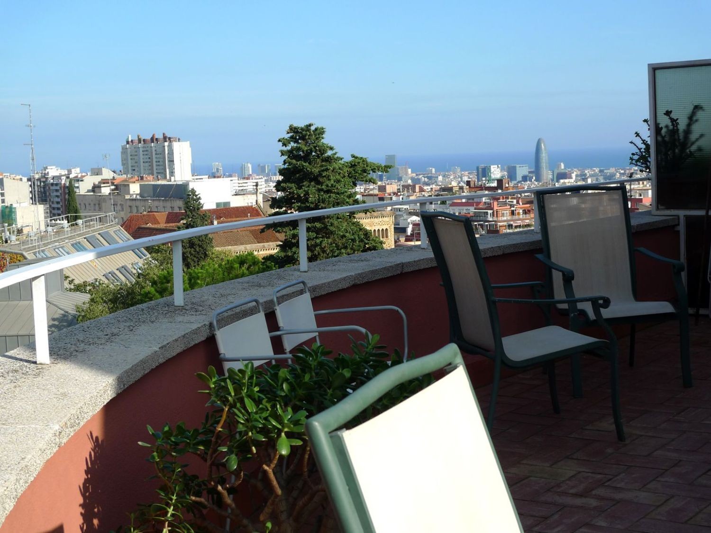 Ático en alquiler en calle Del Coll del Portell, La Salut en Barcelona - 358106046