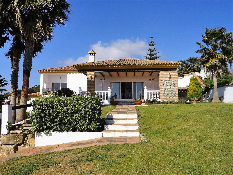 Venta de casas y pisos en La Alcaidesa Cádiz