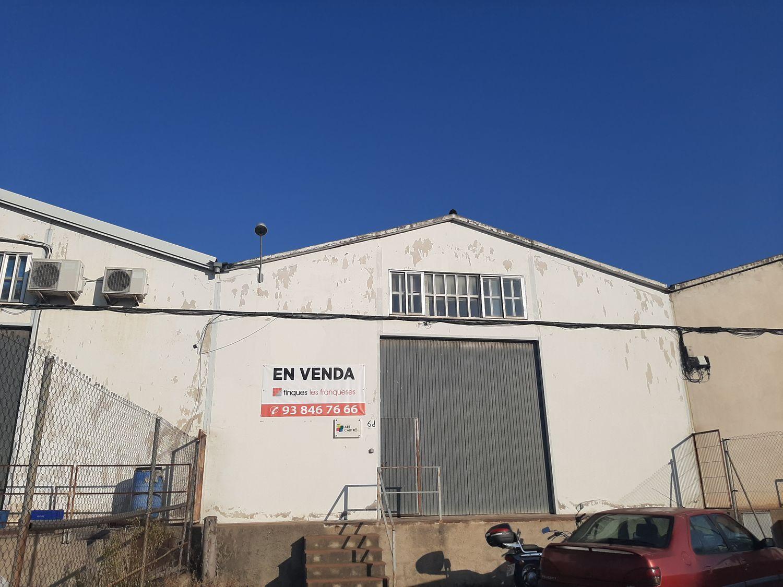Local comercial - Nau a Canovelles