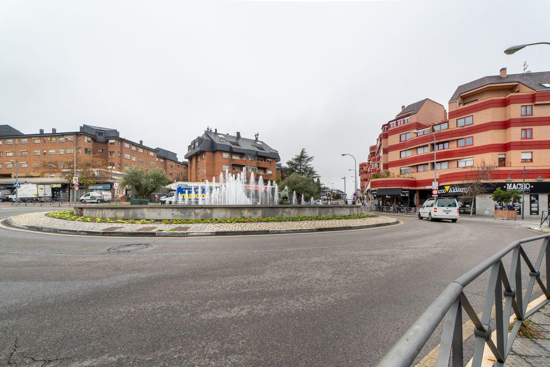 Piso en alquiler en Majadahonda, Madrid 37 thumbnail