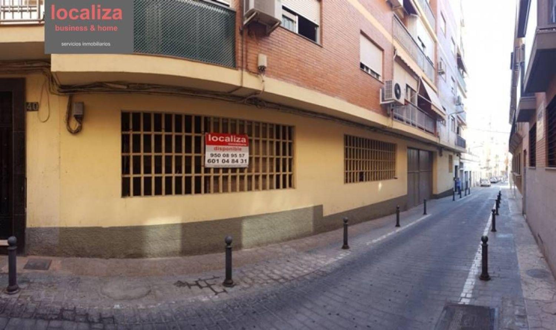 locales-comerciales en almeria · centro-rambla 180000€