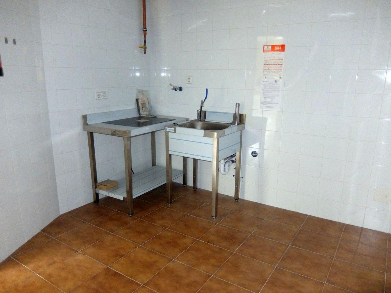 Local comercial en alquiler en Centro en Gijón - 358634665