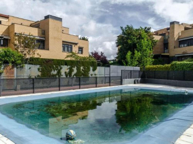 Chalet en venta en Las Rozas de Madrid, Madrid 3 thumbnail