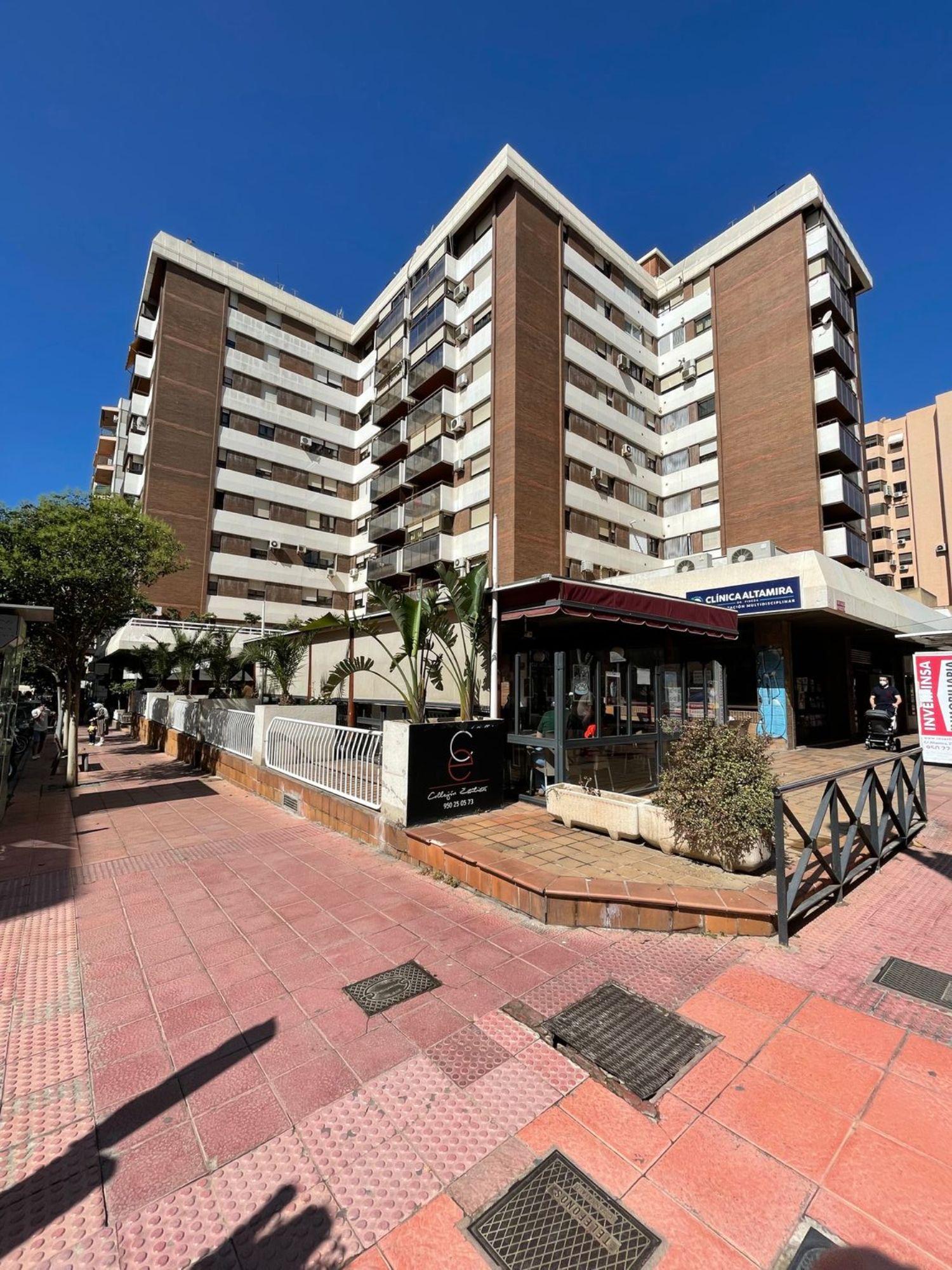 pisos en almeria · altamira---oliveros---barrio-alto 320000€