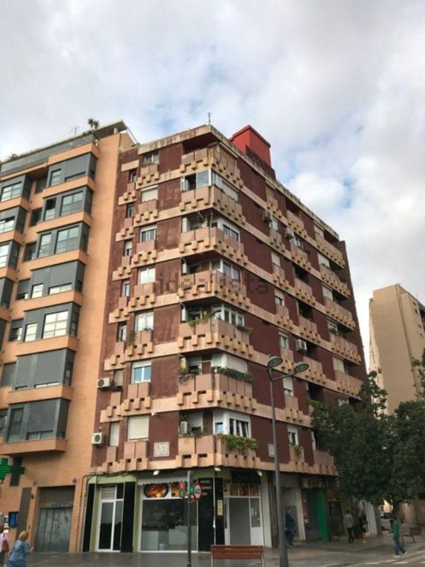 Piso en avenida del doctor waksman, 36, En Corts, València